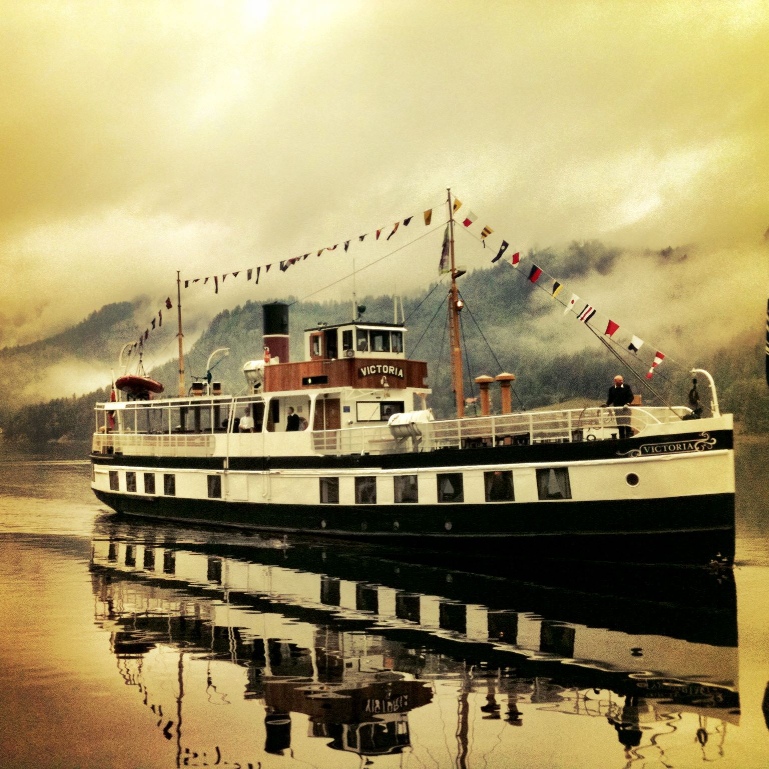 MS Victoria - Queen of the Telemark canal