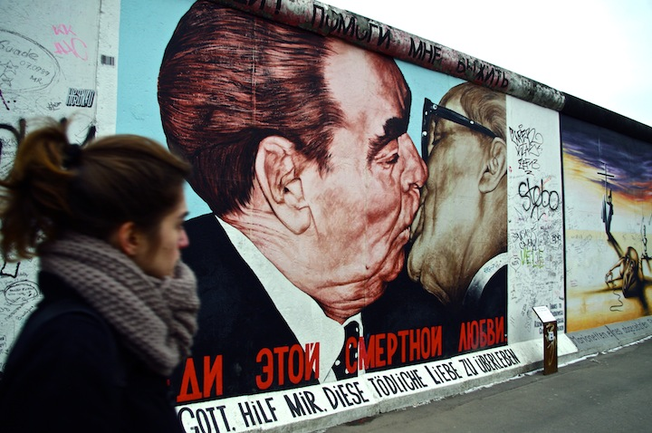 things to do in berlin - east side gallery