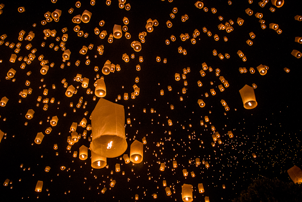 yee peng in chiang mai tips and tricks for the lantern festival