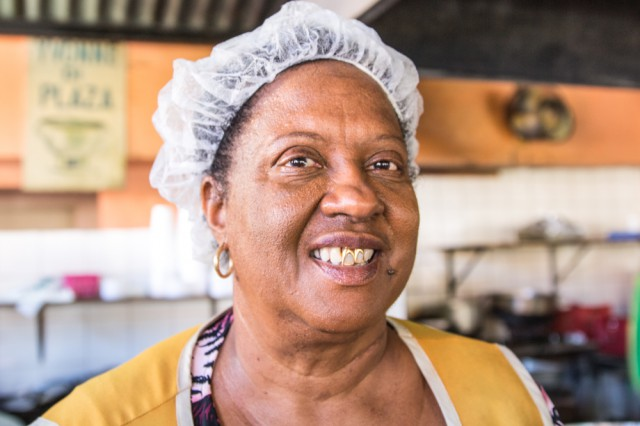 faces of curacao-8