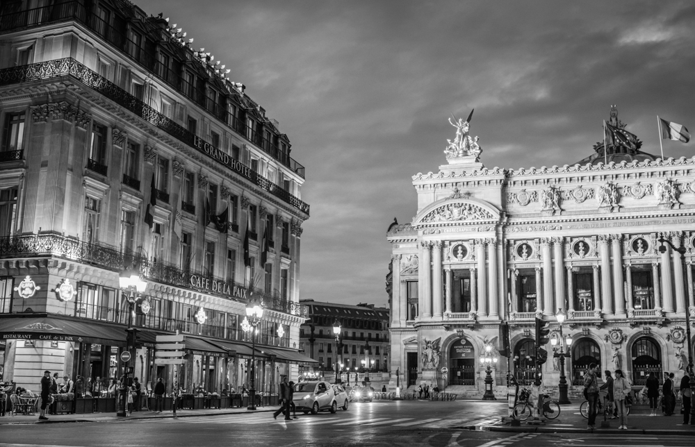 InterContinental Paris Le Grand Hotel bei Nacht