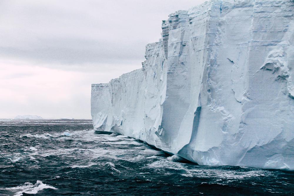 Tafeleisberg im Antarctic Sound
